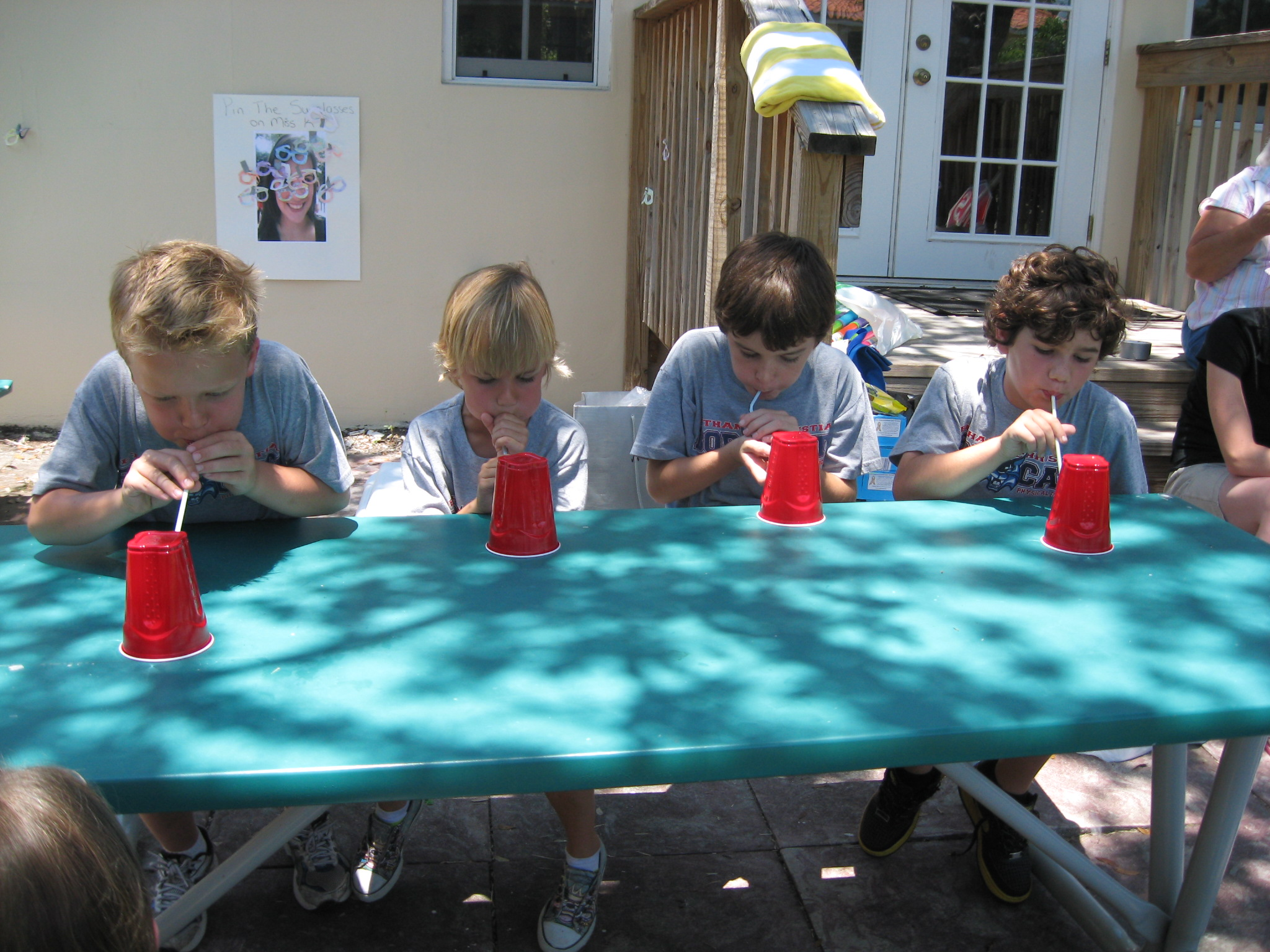 Minute to win it games for summer fun happy home fairy for Fun ideas for adults
