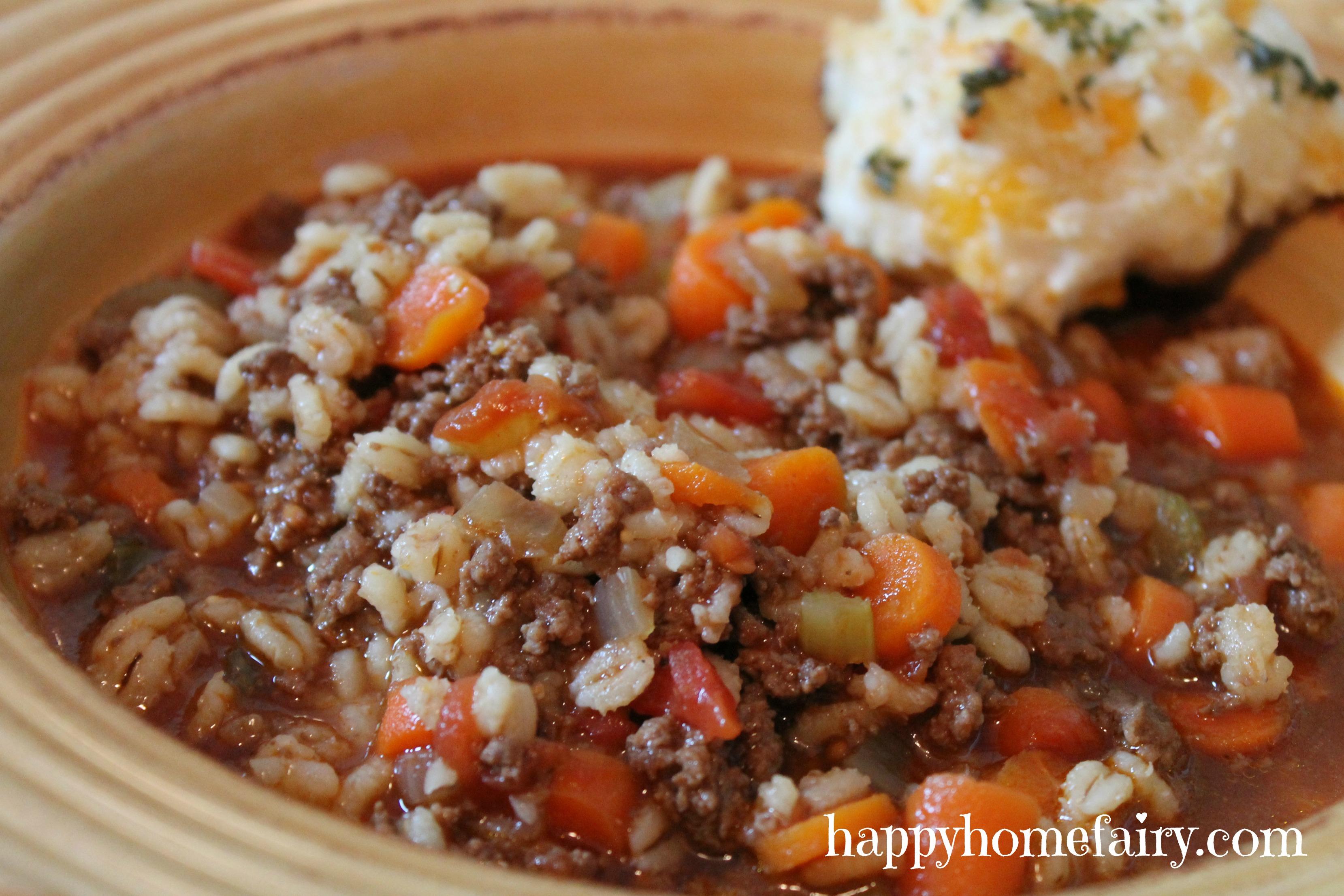 beef-barley-soup3-at-happyhomefairy-com1.jpg