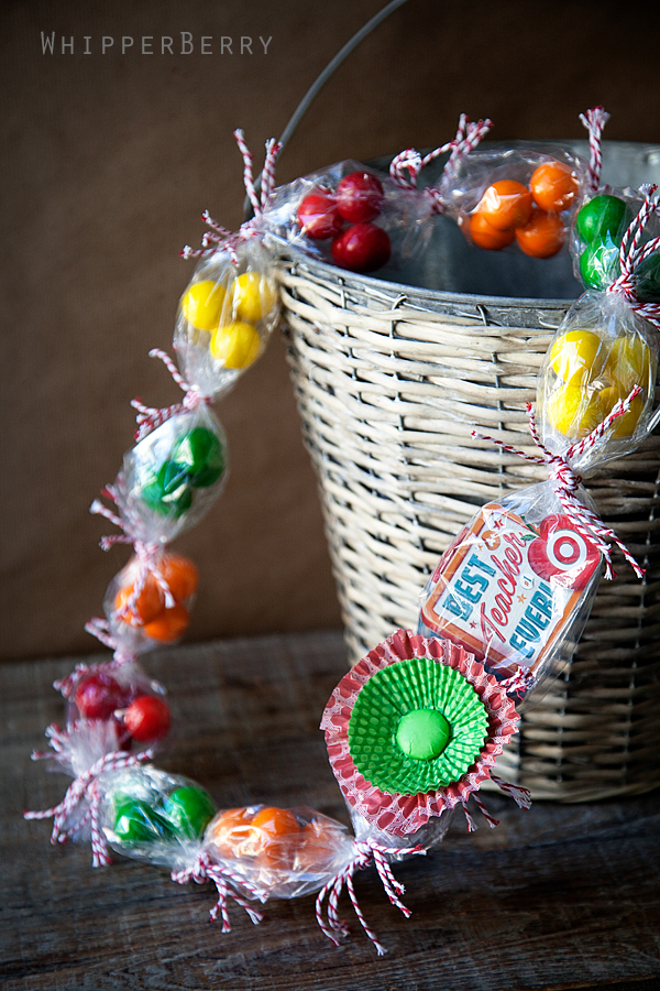Creative ways to give teachers a gift card happy home fairy