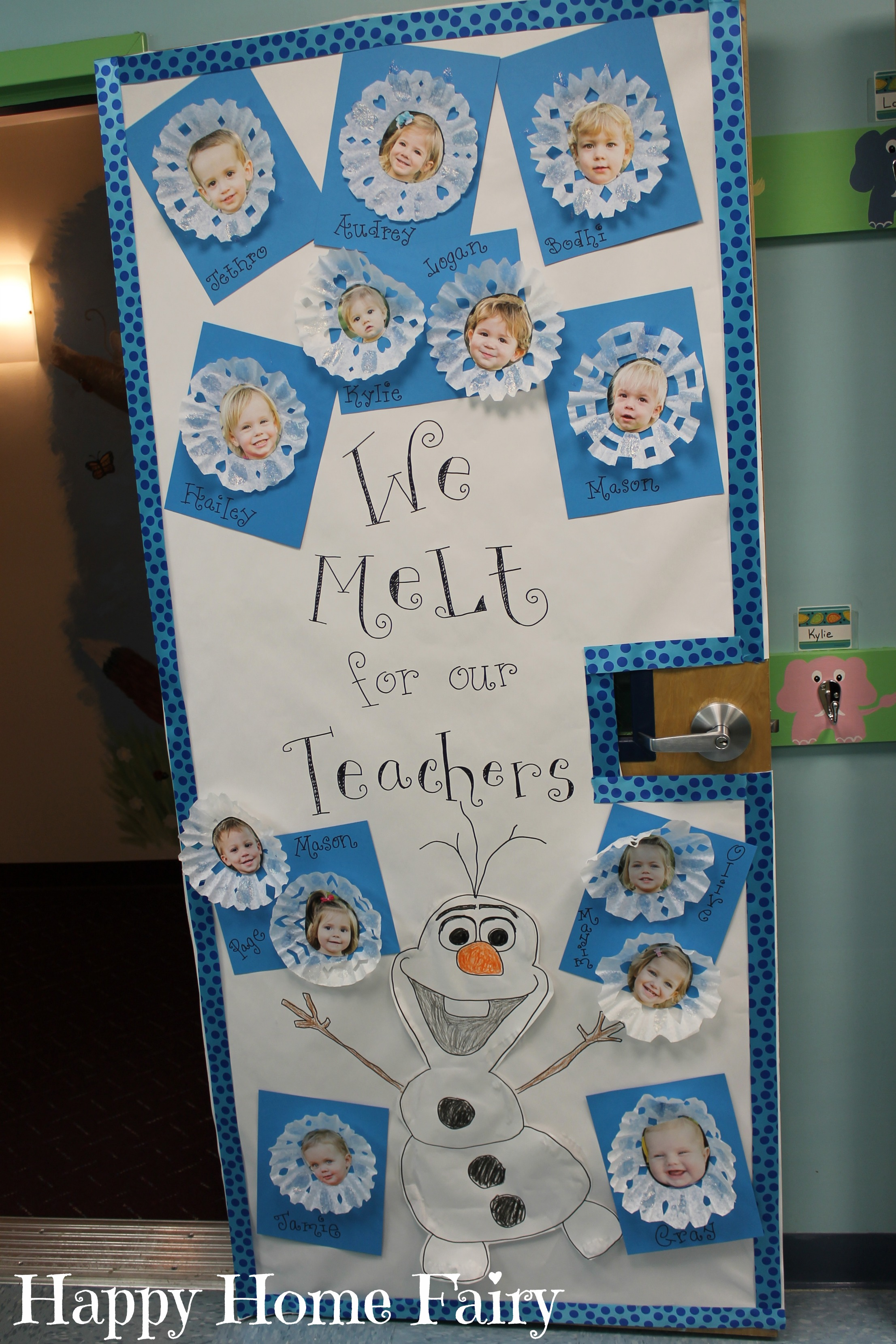 Adorable teacher appreciation door idea happy home fairy Class door winter decorations