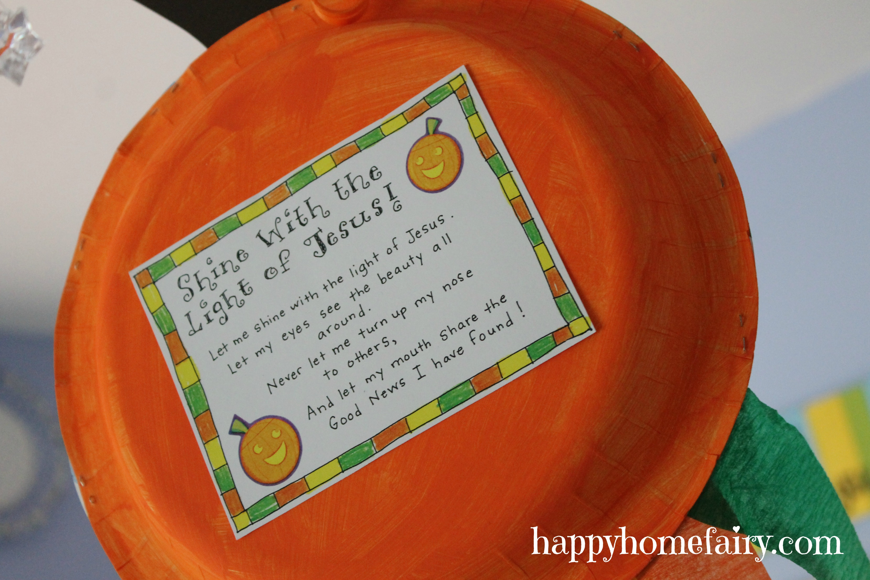 A Christian Pumpkin Windsock Craft - FREE Printable! - Happy Home ...